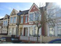 Beautiful 3/4 bedroom house to rent in Harlesden