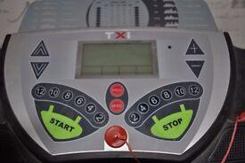 CONFIDENCE TXI Heavy Duty treadmill/running machine