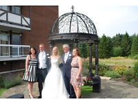 Wedding Dress size 6 - 8 worth £1800 with Vale worth £100