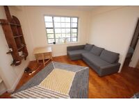 One bedroom flat with great views. Heating and hot water inc in rent. Close to transport.