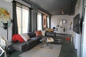Downtown LOFT! Professionally designed & fully furnished!