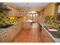 Three Bedroom House to rent in Hanwell