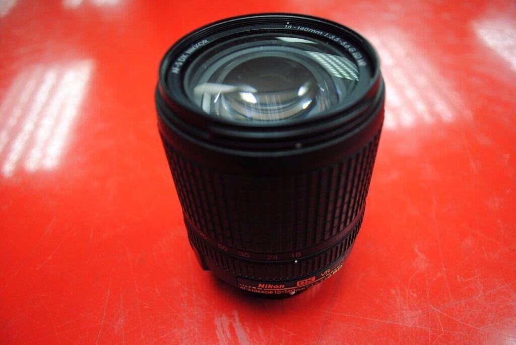 Nikon AF-S DX 18-140mm f/3.5-5.6G ED VR £220