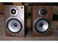 Monitor Audio BR1 bookcase Speaker (pair) in walnut (Condition A*)