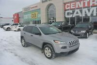 2014 Jeep Cherokee Sport **4X4**4 cylindre 2,4 litres**