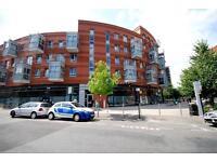 3 bedroom flat in Buckler Court, Eden Grove, Holloway