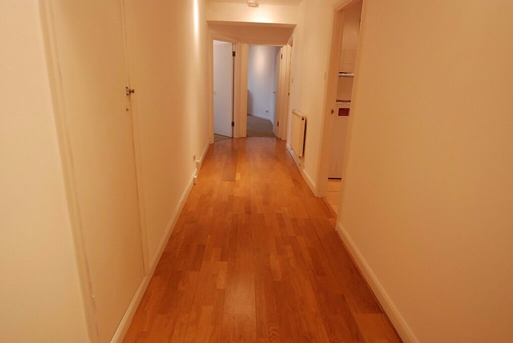 2 bedroom apartment available NOW!