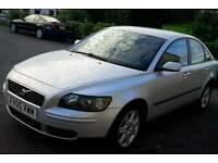 05 volvo s40 2.0 diesel 6speed long mot full service history just 2 owners car driving perfect!!!!