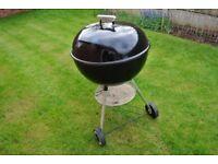 Weber 57cm Black Kettle Charcoal Barbeque