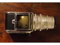 Hasselblad 500 C Medium format film camera with accessories