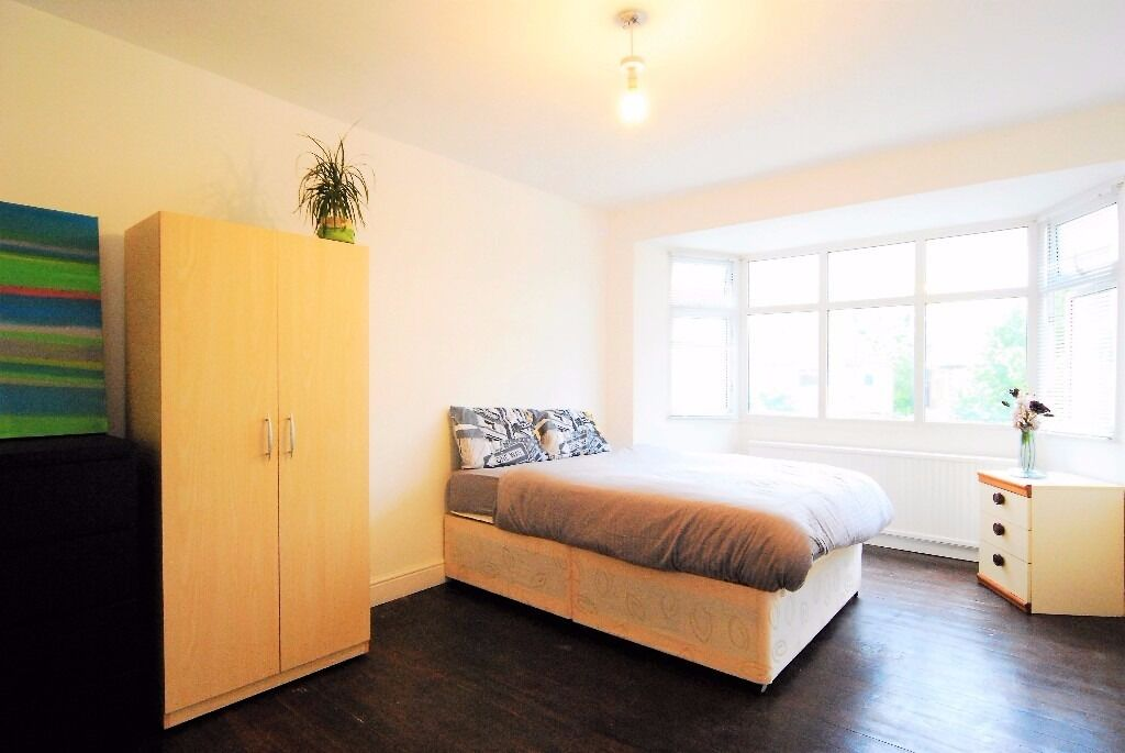 Charming Large Double Room - G. Green/Criklewood