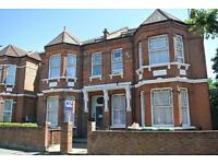 CL545-3. Fantastic 3 bed/3 bath first floor flat on the borders of Cricklewood and West Hampstead.