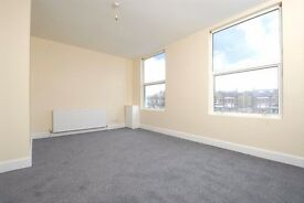 Located close to Honor Oak Park station,good-sized 1 bedroom first floor flat.Available 16th Jan