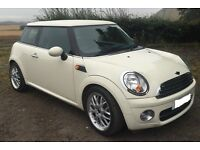 Mini Cooper D White Low mileage