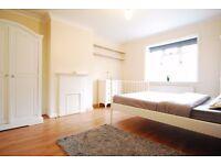 Nice Double Room in Criklewood/Golders Green, Garden