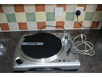 Numark TTUSB Turntable with USB Audio Interface pc/mac/or stereo playback system