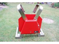 Caravan/ Trailer wheel clamp