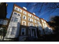 3 bedroom flat in Belsize Park, Camden, NW3