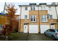 4 Bedroom House in Northolt