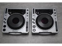 Pioneer CDJ-800 MK1 Pair of Decks ��400
