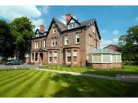 2 bedroom flat in Lyndhurst Road, Liverpool, L18 (2 bed)