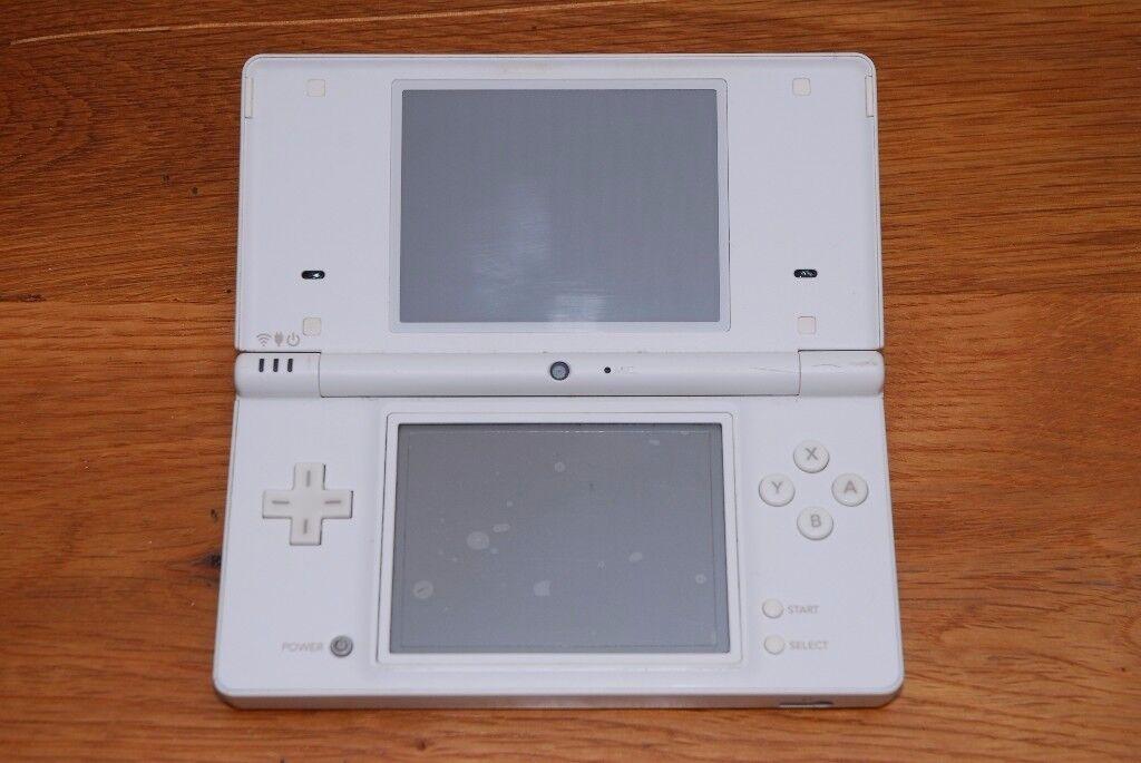 Nintendo DSi - White
