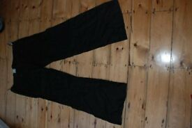 Linen maternity trousers size 12. Available in two colours - black and/or white