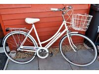 VINTAGE 1988 RALEIGH CAPRICE TOWN/COMMUTE BIKE, TRADITIONAL QUALITY, BEAUTIFUL CONDITION,VIEW PHOTOS