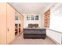 1 bedroom in Ivinghoe Road, Dagenham