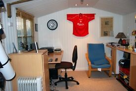 Office / Desk Space / Meeting Room Can be booked by the day £11 All Inclusive