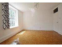 Frampton Street - Excellent two bedroom 2nd floor flat offered furnished or unfurnished