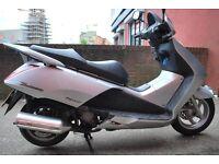 Honda FES 125cc Scooter, MOT, Superb Bike **Ride Away**