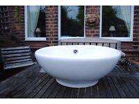 Round Countertop Bathroom Basin / Sink