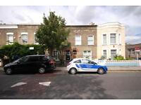 4 bedroom house in Ferndale Road, Brixton