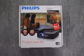 Philips PicoPix PPX 3614 with Manfrotto Stand £240