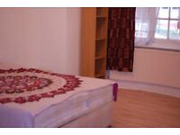 Unforgettable Double Room in Acton -House Share W3 9JE