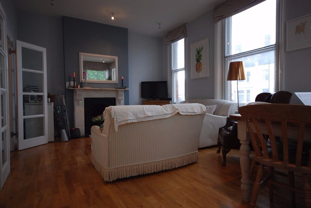2 bed on Battersea Rise- seconds to the Breakfast Club and Clapham Junction