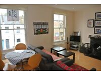 Large split level 3 double bedroom 2 bathroom apartment close to Clapham North and Brixton