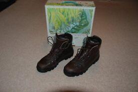 Scarpa Manta Leather Men's Walking Boots Size 43