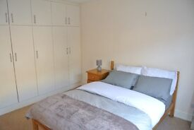 Spacious two double bedroom period conversion flat close to Oval Underground offered Furnished