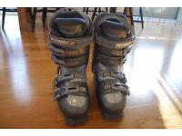 Nordica Womens Easy Move Ski Boots (275mm / Mondo size 25 / UK size 5-6)