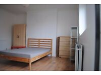 Fantastic Newly refurbished bright 5 bedroom flat 3 mins walk Bethnal Green Station