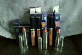 Discontinued stock by vie **brand new**