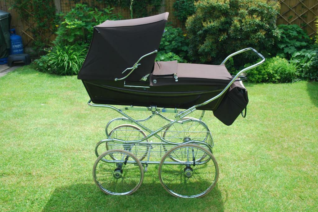 Brown Silver Cross Coach Pram With Chrome Shopping Tray