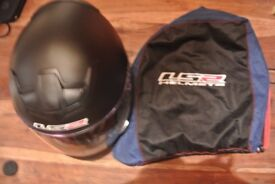 Brand New Helmet (L) Matt Black, Negotiable