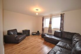 3 BED, FURNISHED FLAT TO RENT - NORTHFIELD FARM AVENUE, DUDDINGSTON