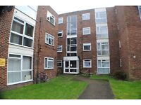 1 Bedroom Flat with off street parking in Hanwell