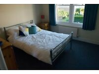 Double room furnished with good quality bed and furniture. at £400 a month (Deposit required £400 ),