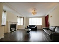 AVAILABLE NOW! DONT MISS OUT! Amazing 2 Double Bed property!