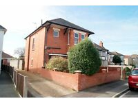 VERY SPACIOUS AND MODERN UNFUNRISHED 2 BEDROOM FIRST FLOOR FLAT SITUATED IN MOORDOWN